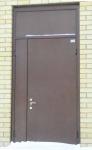 Дверь двустворчатая со вставкой сверху