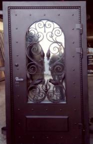 Дверь стальная с ковкой и стеклопакетом