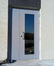 Дверь двустворчатая со стеклопакетом