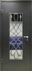 Дверь с кованным рисунком